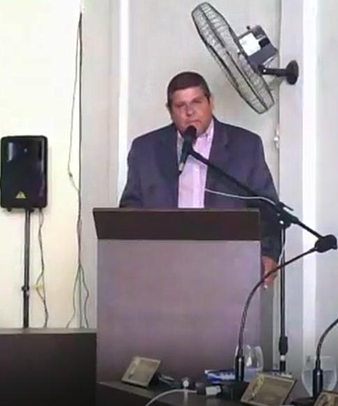 Presidente Silvio Farias pede afastamento da Presidência deste Poder Legislativa para  assumir a Secretaria Municipal de Industria e Comercio.